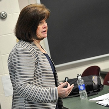 Mary Reilly teaches psychology at GMercyU